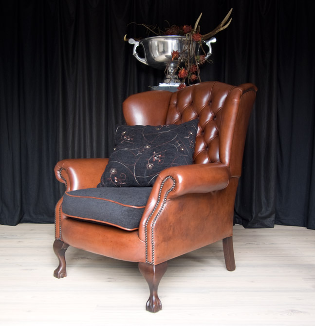 european exclusive leather furniture and antique londen amsterdam paris rome leather sofa leather chair